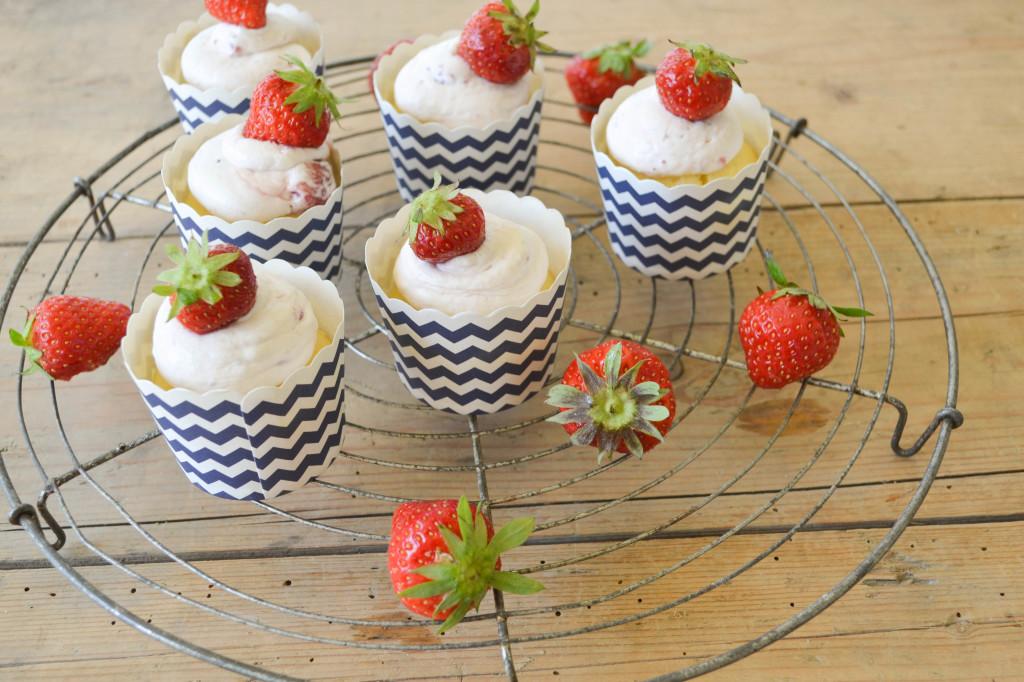 cupcakes mit erdbeertopping_2